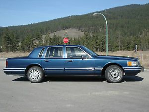 Lincoln Town Car Executive Series