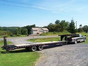 2013 Quality 32 ft Tandem Axle Dual Wheel Gooseneck Flatbed Trailer