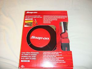 Snap on Retractable Extension 30' Cord Reel Shop Light