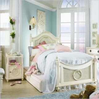 Lea Emma's Treasure Kids Wood Poster Bed 3 Piece Bedroom Set in Vintage White   606 POSTB PKG3