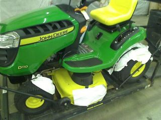 "John Deere D110 42"" 19 5 HP John Deere Front Enginehydrostatic Riding Mower"