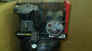 2 Horsepower 29 Gallon 150 PSI PSI Cast Iron Vertical Air Compressor