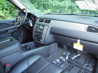 Z71 Four Wheel Drive Sunroof Captains Chairs Luxury Package