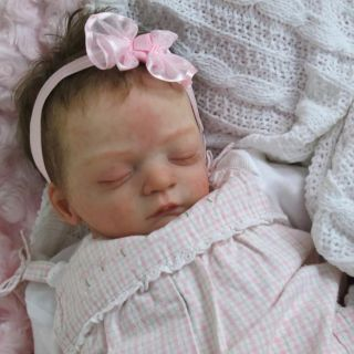 Doves Nursery True to Life Newborn Reborn Baby Girl Lilian Gudrun Legler