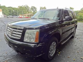 Loaded Black 2003 Cadillac Escalade AWD w Towing Package Navigation