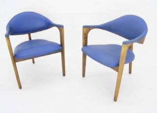 Pair Mid Century Modern Vintage Barrel Back Chairs Danish Modern Style