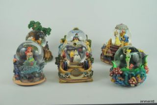 Collection 12 Disney Snow Globes Mickey Minnie Mermaid Snow White More in Ct