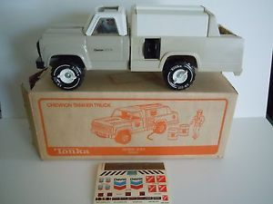 Vintage 1982 Tonka Chevron Tanker Truck 3166 With Decals Figure And