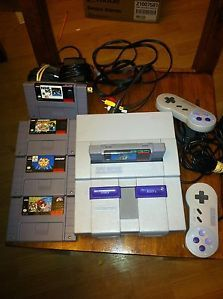 RARE Super Nintendo Entertainment System w 5 Games and Accessories and More