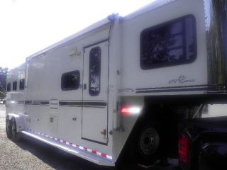 2006 Sundowner 727 Sunrise 6911 3 Horse Slant Load Living Quarters