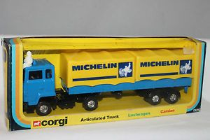 Corgi 1109 Ford Ariculated Michelin Tires Tractor Trailer Semi Nice Original