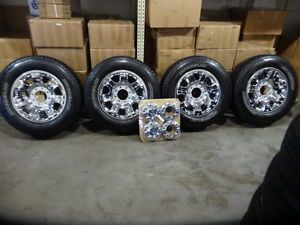 Ford F 250 F 350 20 inch Factory Wheels Rims Chrome 8 Lug Michelin Tires