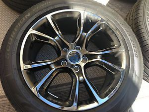2014 Jeep SRT Black Vapor Chrome Wheel Set w Pirelli Tires Grand Cherokee