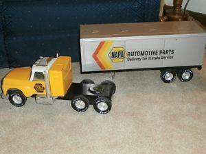 Vintage Nylint Napa Automotive Parts Pressed Steel Toy Semi Truck