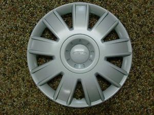 "2005 2006 2007 Focus Genuine Ford Parts 15"" Full Wheel Cover Hub Cap New"