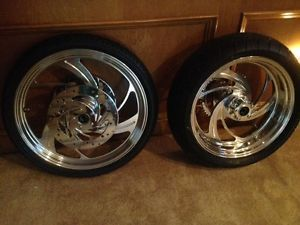 Custom Billet Wheels and Metzeler Tires for Harley Davidson HD or Custom Chopper