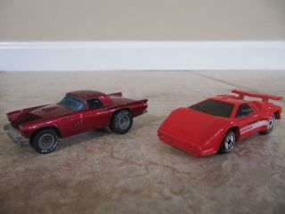 2 Hot Wheels Vintage Diecast Cars '57 T Bird Lamborghini Countach 1977 87